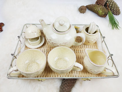 service à thé écru 2 grandes tasses 1 pot à lait 1 sucrier 1 pot sachet ou miel et son plateau fabriQémoi