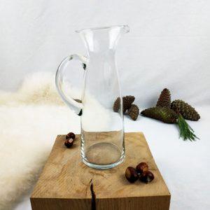 grand pichet en verre avec bec verseur et son anse