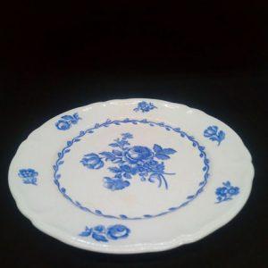 plat à dessert porcelaine motif fleur bleues
