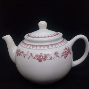Ensemble théière 4 tasses et 4 soucoupes en porcelaine écru avec motif bordeaux style contemporain