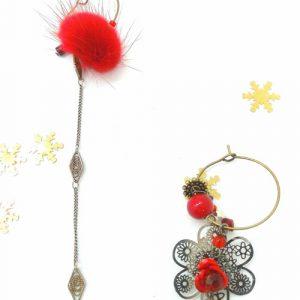 Paire de boucles d'oreilles asymétriques Vintage modèle Pompon rouge
