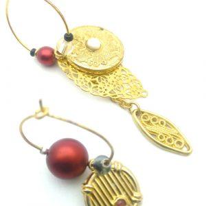 Paire de boucles d'oreilles asymétriques Vintage modèle Boule rouge