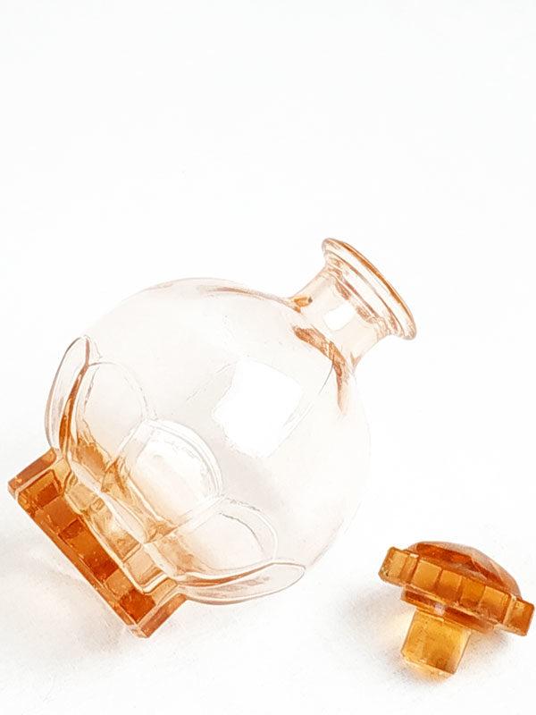 service à digestif rose avec 9 petits verre plus plateau et carafe FabriQémoi