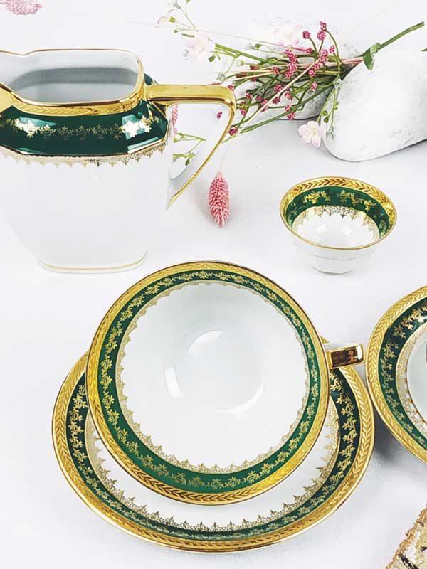 Ensemble 2 tasses soucoupes carafe à café pot à lait et sucrier vert et or porcelaine de limoge FabriQémoi