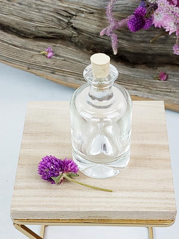 Petites bouteilles avec bouchon en liège de FabriQémoi