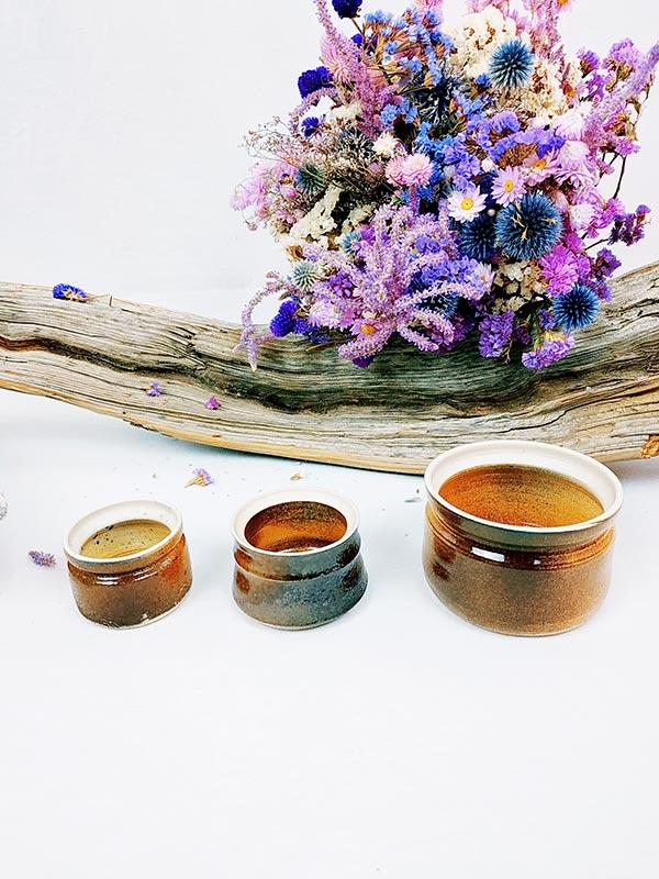 Set de 3 pots en grès de tailles différentes bruns