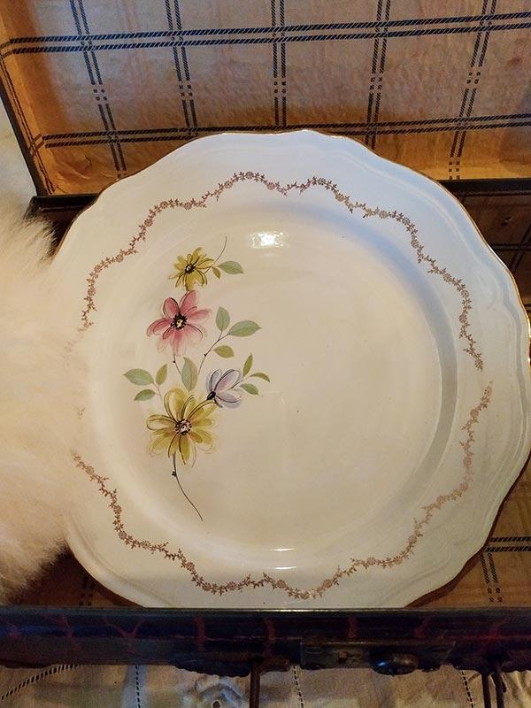 plat-plat-creux-rond-ovale-fleuri-terre-de-fer-fabriqemoi