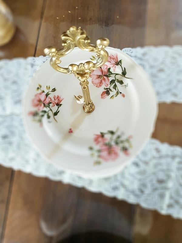 Service à étage ou présentoir à petits fours vintage FabriQémoi
