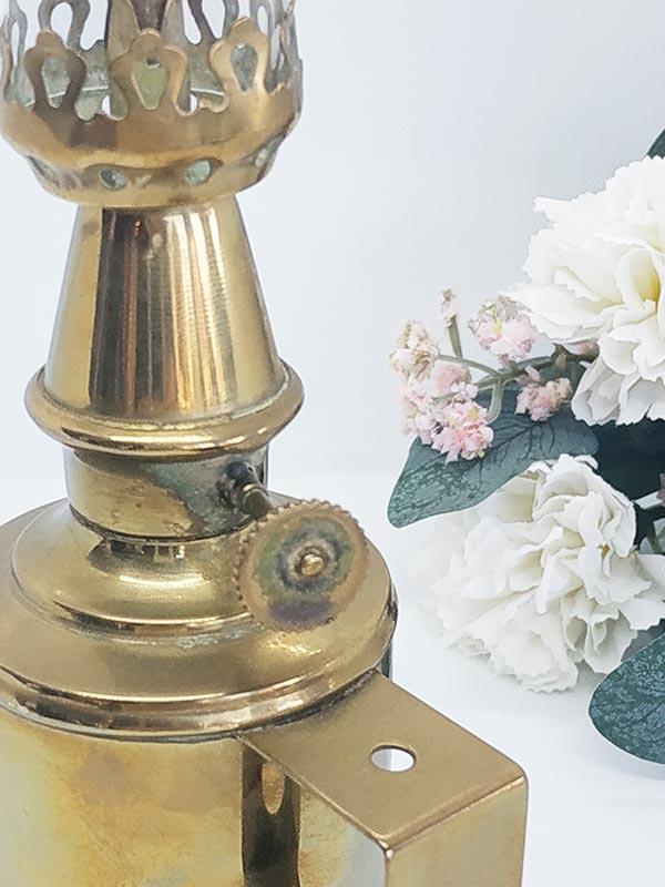 Lampe pigeon en laiton olympe de FabriQémoi